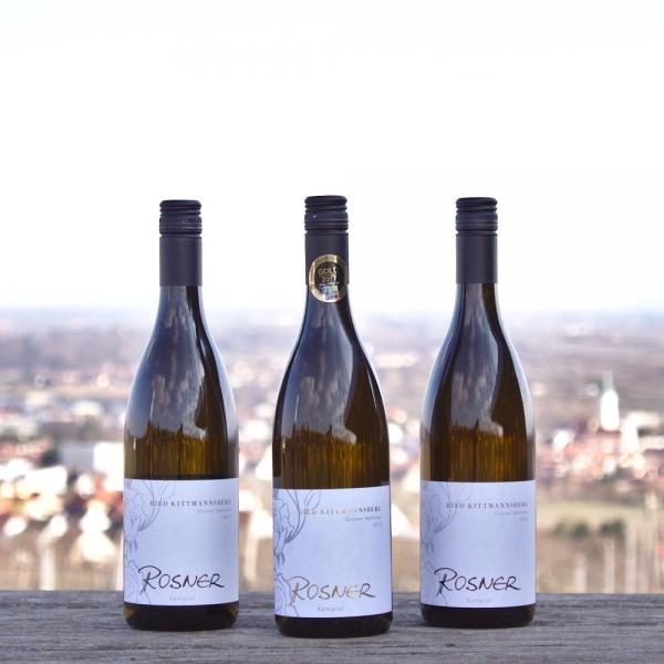 Drei Flaschen Ried Kittmannsberg Grüner Veltliner vom Weingut Rosner